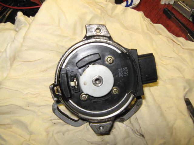 датчик холла mazda 323 двигатель bp